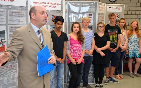 Eröffnung der Ausstellung am Georg-Büchner-Gymnasium Winnenden